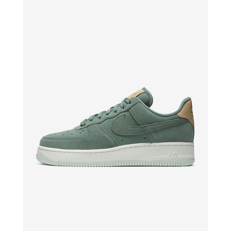 Donna Scarpe da corsa Nike Air Force 1 '07 Low Premium Hasta/Vertice Bianco/Vachetta Tan 896185-301